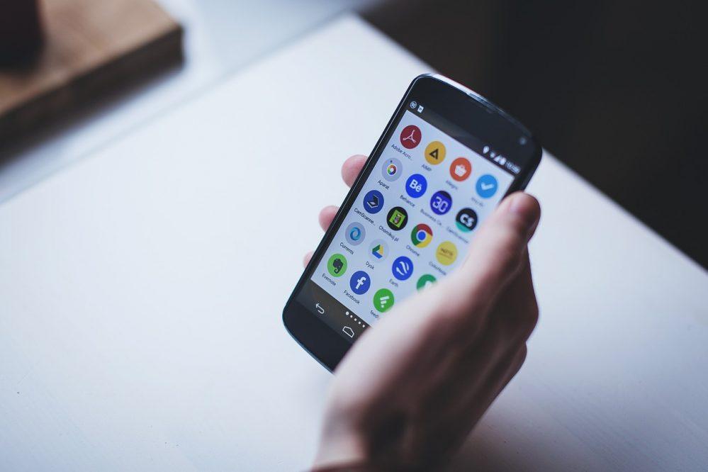 Cómo borrar el historial de Google de forma sencilla en el smartphone y en Chrome