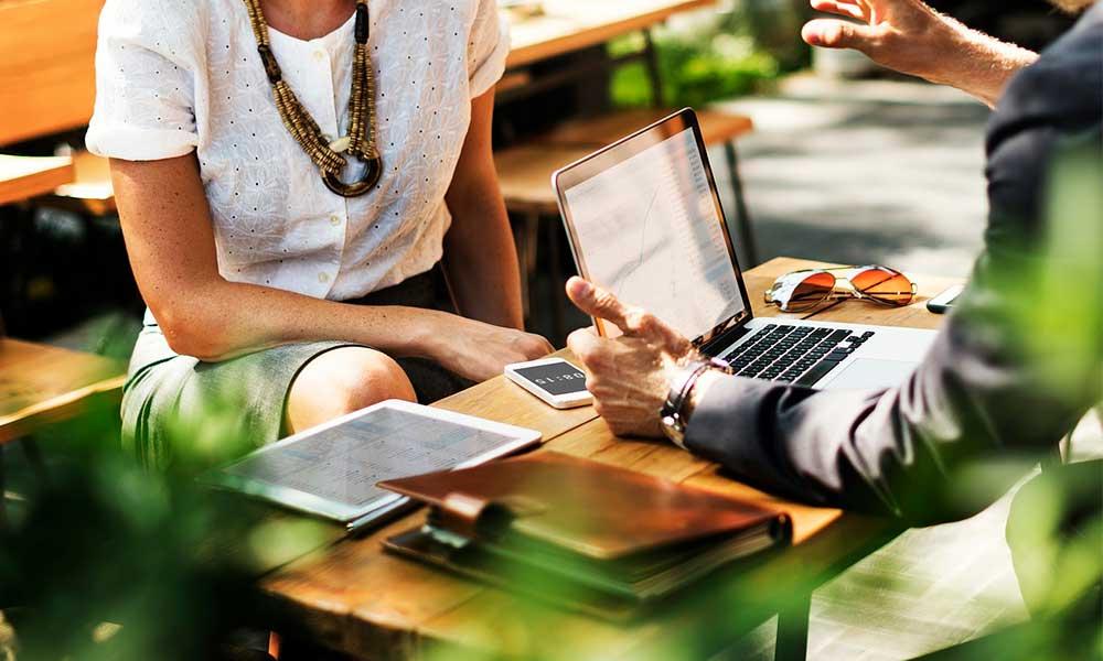 ¿Cuáles son los beneficios de contratar una agencia de SEO para mi negocio?