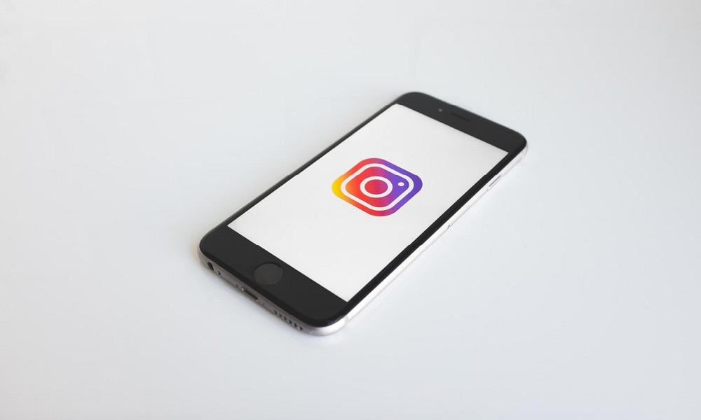 Cómo contactar con Instagram